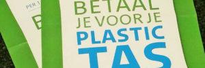 Inspectie deelt nog geen boetes uit voor gratis plastic tasjes